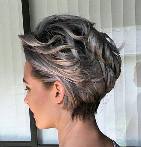 fryzura-krotka-zaczesana-do-tylu