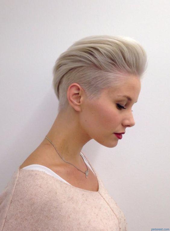 krotkie-wlosy-blond-d
